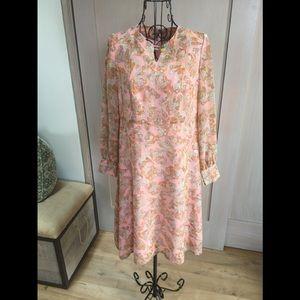 Vintage 70's adorable peach dress.